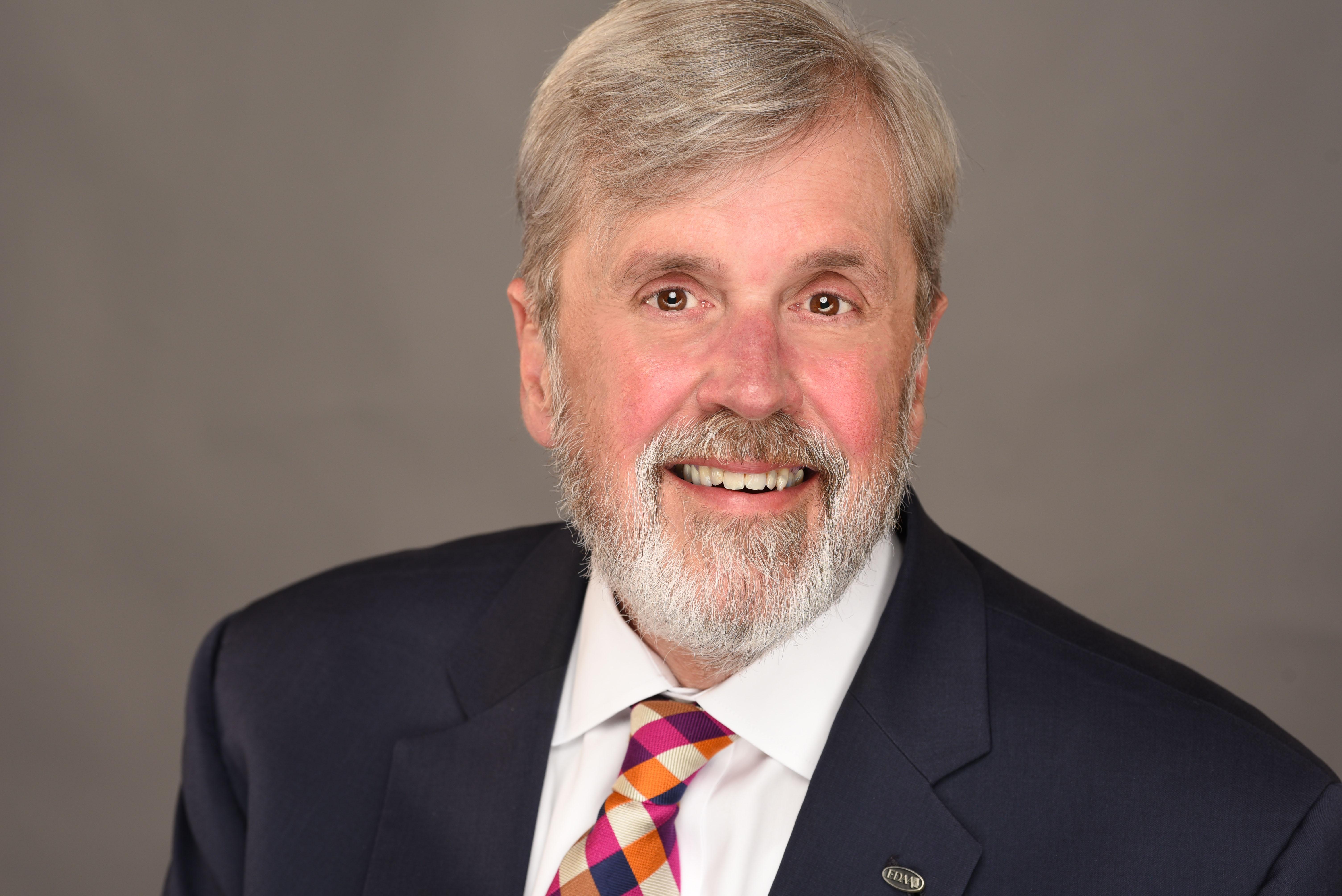 Jim Searcy